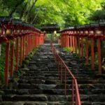貴船神社の参拝方法と水占いについて
